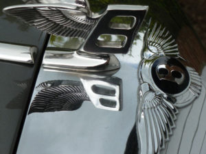 Wedding cars surrey bentley t1 badge